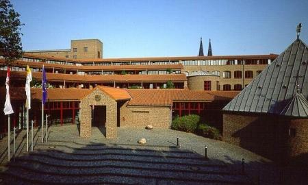Erzbischöfliche Diözesan- und Dombibliothek Köln - Partner des Quaternio Verlags Luzern