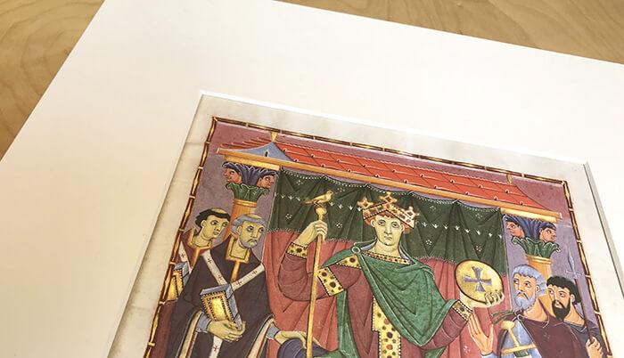 Schätze der Reichenauer Buchmalerei, Faksimileblatt im edlen Schrägschnitt-Passepartout (Ausschnitt)