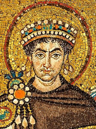 Kaiser Justinian I. (Mosaik im Chor von San Vitale in Ravenna, Detail, 1. Hälfte 6. Jahrhundert)
